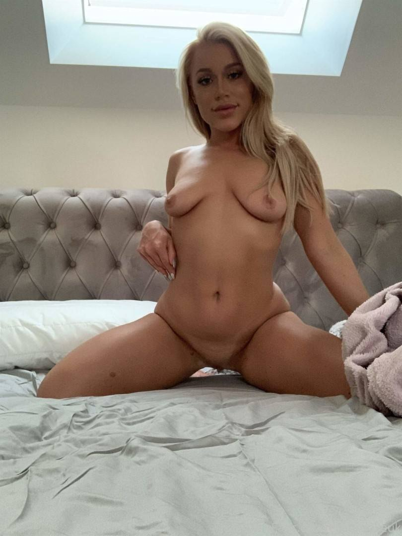 Fucking Elle Brook And Her Husband